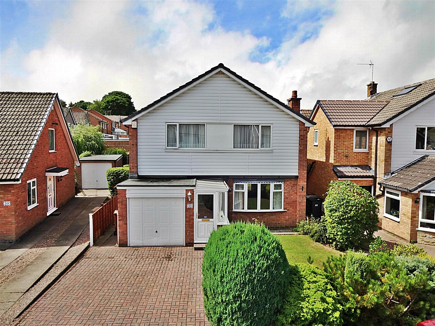 Fieldhead Drive, Guiseley, LS20 8DX